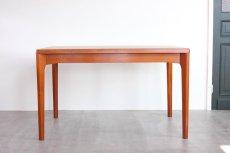 画像2: 北欧家具/ヴィンテージ/デンマーク製 /Henning Kjærnulf/ダイニングテーブル/チーク (2)