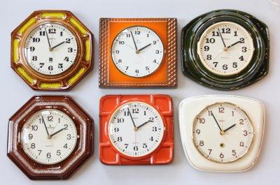 画像1: ビンテージ陶製壁掛け時計/Junghans製/ユンハンス/ドイツ/オレンジ