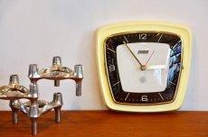 画像1: ビンテージ陶製壁掛け時計/Hettich Schwebegang製/ドイツ/イエロー (1)