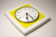 画像3: ビンテージ陶製壁掛け時計/Junghans製/ユンハンス/ドイツ/イエロー&ホワイト (3)