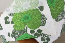 画像4: 北欧ヴィンテージファブリック グリーン大花柄×白ベース  (4)