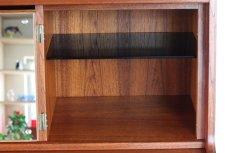 画像11: 北欧ビンテージ家具/デンマーク製/チークライティングビューロー/3段引き出し/鏡付き (11)