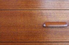 画像16: 北欧ビンテージ家具/デンマーク製/チークライティングビューロー/3段引き出し/鏡付き (16)