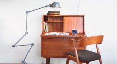 画像18: 北欧ビンテージ家具/デンマーク製/チークライティングビューロー/3段引き出し/鏡付き (18)