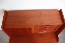 画像9: 北欧ビンテージ家具/デンマーク製/チークライティングビューロー/4段引き出し (9)