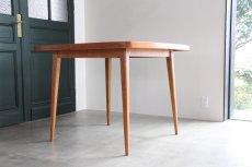画像2: 北欧ビンテージ/スウェーデン製/ダイニングテーブル/正方形/エクステンション2枚付き/チーク (2)