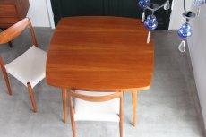 画像5: 北欧ビンテージ/スウェーデン製/ダイニングテーブル/正方形/エクステンション2枚付き/チーク (5)