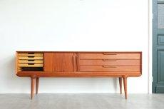 画像2: ビンテージ北欧家具/デンマーク製/Omann Jun Møbelfabrik/サイドボード/チーク  (2)