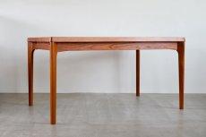 画像2: 北欧ビンテージ家具/デンマーク製 /Henning Kjærnulf/ダイニングテーブル/チーク/W140cm (2)