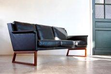 画像4: ビンテージ北欧家具/Søborg Møbelfabrik/革張り/ローズウッド/3人掛けソファー/ダウンクッション (4)