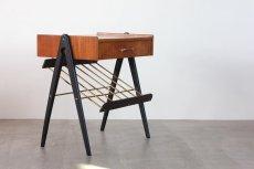 画像3: 北欧ビンテージ家具/スウェーデン/チーク×ビーチ/ベッドサイドテーブル+マガジンラック (3)