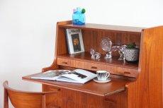 画像6: 北欧ビンテージ家具/デンマーク製/チークライティングビューロー/3段引き出し (6)