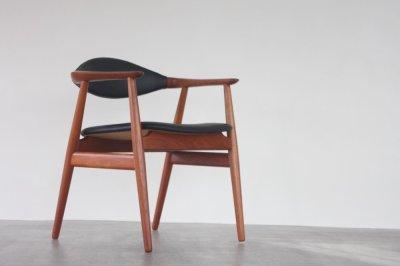 画像1: 北欧家具ビンテージ/デンマーク製 Erik Kirkegaard 皮革張りアームチェア