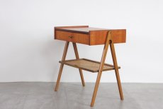 画像3: 北欧ビンテージ家具/スウェーデン/チーク×ビーチ/ベッドサイドテーブル+籐棚 (3)