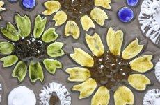 画像2: スウェーデン Jie gantofta ジィ ガントフタ ホワイトフラワー陶板の壁掛け Lサイズ (2)