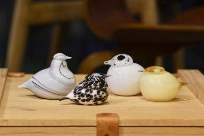 画像1: 北欧アートガラス/ビンテージガラス/Oiva Toikka/オイバ・トイッカ/Nuutajarvi/ヌータヤルヴィ/Birds/バード/Puffball/パフボール/ホワイト