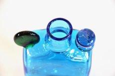 画像6: 北欧アートガラス/ビンテージガラス/Oiva Toikka/オイバ・トイッカ/Nuutajarvi/ヌータヤルヴィ/ PomPom Bottle/N526/ブルー (6)
