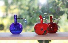 画像12: 北欧アートガラス/Oiva Toikka/オイバ・トイッカ/Nuutajarvi/ヌータヤルヴィ/Fruits/アップルボトル/レッド斑点 (12)
