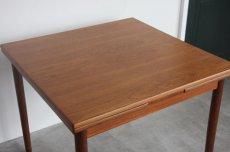画像8: 北欧ビンテージ家具/デンマーク製/正方形チークダイニングテーブル  (8)