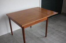 画像3: 北欧ビンテージ家具/デンマーク製/正方形チークダイニングテーブル  (3)