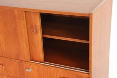 画像7: 北欧ビンテージ家具/デンマーク製/チークチェスト引き戸+引き出し3段 (7)