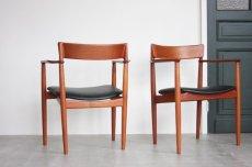 画像2: 北欧ビンテージ家具/デンマーク製/Henry Rosengren Hansen /カンファレンスチェア/チーク アーム付き (2)