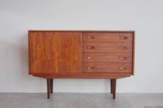 画像2: 北欧ビンテージ家具/デンマーク製/チークサイドボード (2)