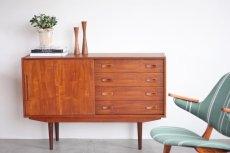画像1: 北欧ビンテージ家具/デンマーク製/チークサイドボード (1)