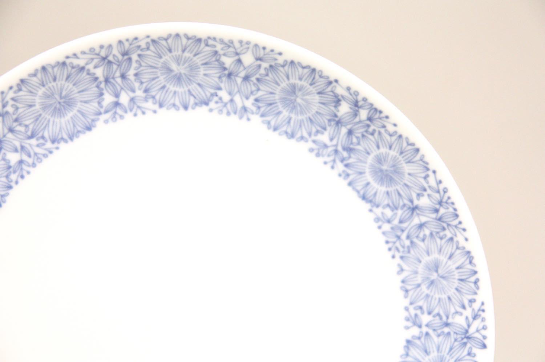 画像1: 北欧ビンテージ食器/ARABIA /アラビア/Filigran/フィリグラン/Raija Uosikkinen/15cmプレート/ブルー/美品 (1)