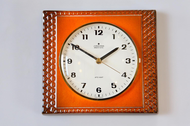 画像1: ビンテージ陶製壁掛け時計/Junghans製/ユンハンス/ドイツ/オレンジ (1)