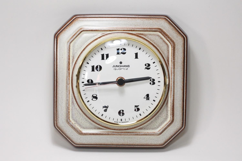 画像1: ビンテージ陶製壁掛け時計/Junghans製/ユンハンス/ドイツ/ベージュ (1)