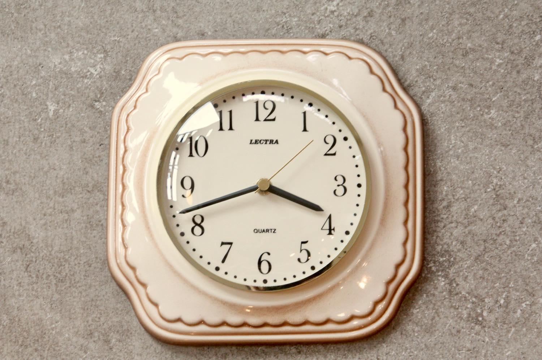 画像1: ビンテージ陶製壁掛け時計/Lectra/ドイツ/ベージュ (1)