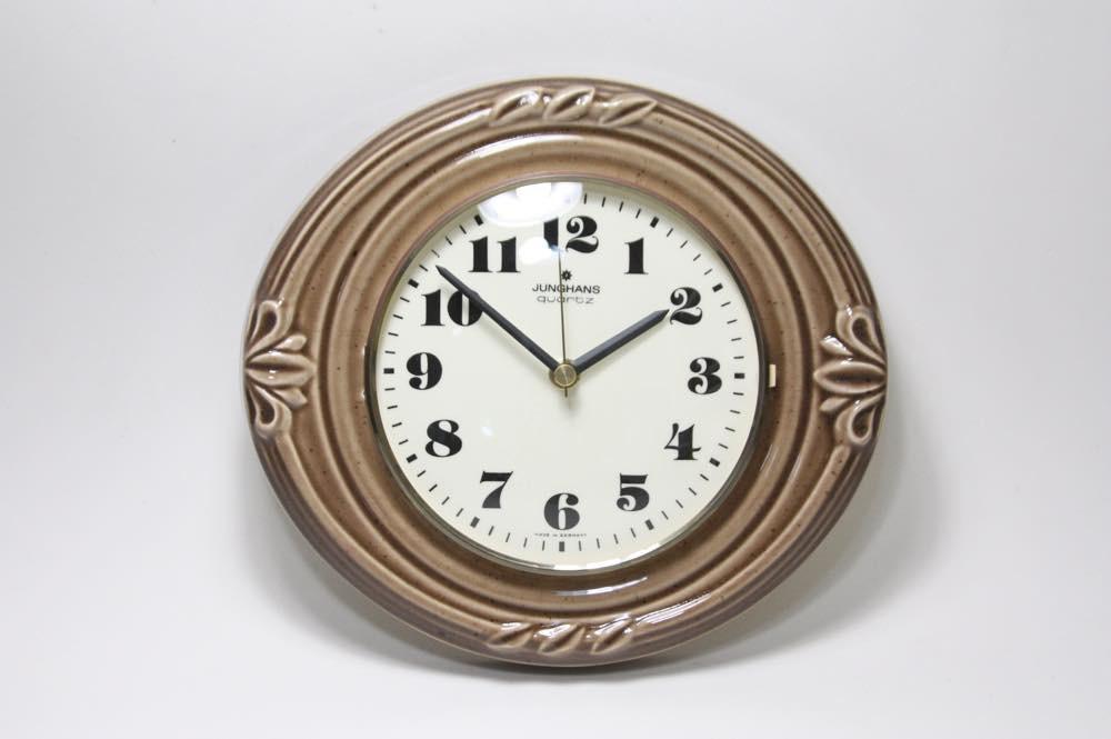 画像1: ビンテージ陶製壁掛け時計/Junghans製/ユンハンス/ドイツ/モカ (1)