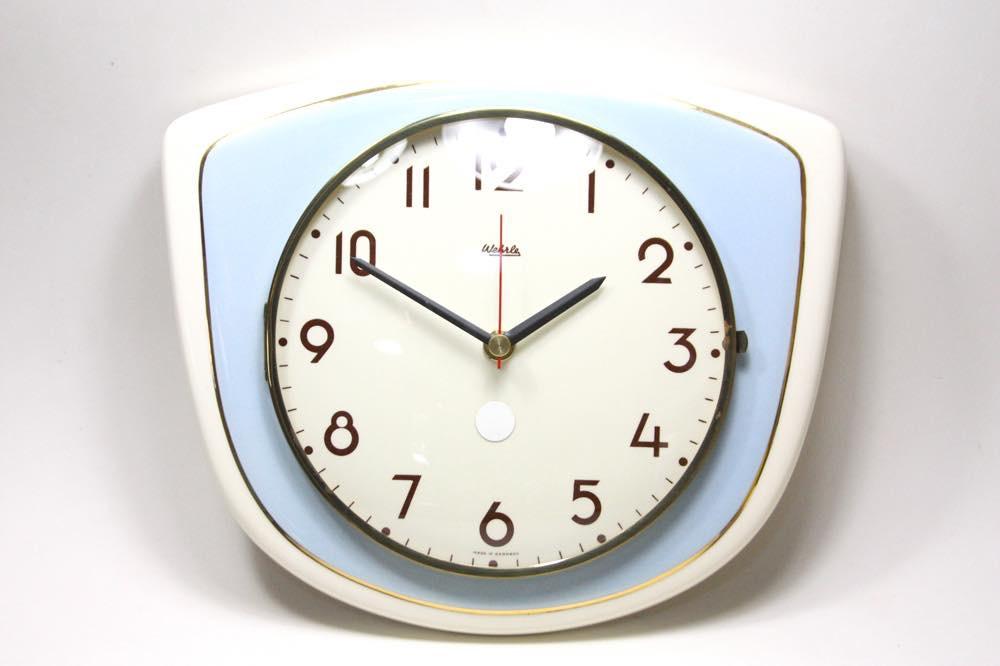 画像1: ビンテージ陶製壁掛け時計/Wehrle/ドイツ/ペールブルー✕ホワイト (1)