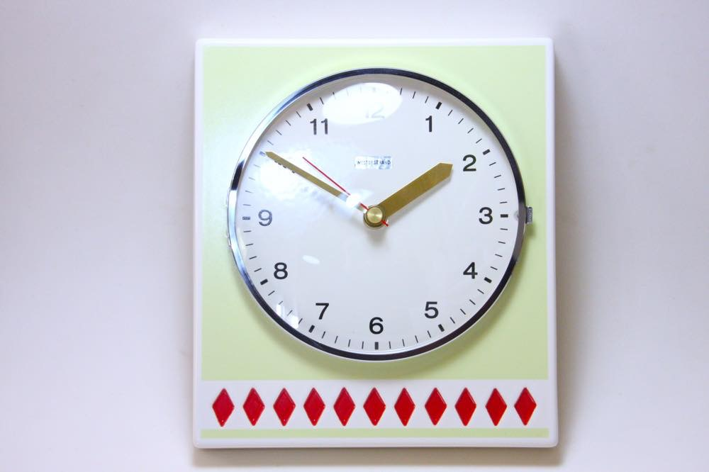 画像1: ビンテージ陶製壁掛け時計/Westerstrand/スウェーデン/ライムカラー&レッドダイヤ (1)