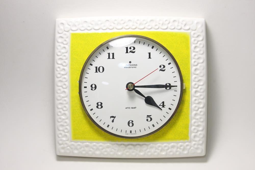 画像1: ビンテージ陶製壁掛け時計/Junghans製/ユンハンス/ドイツ/イエロー&ホワイト (1)