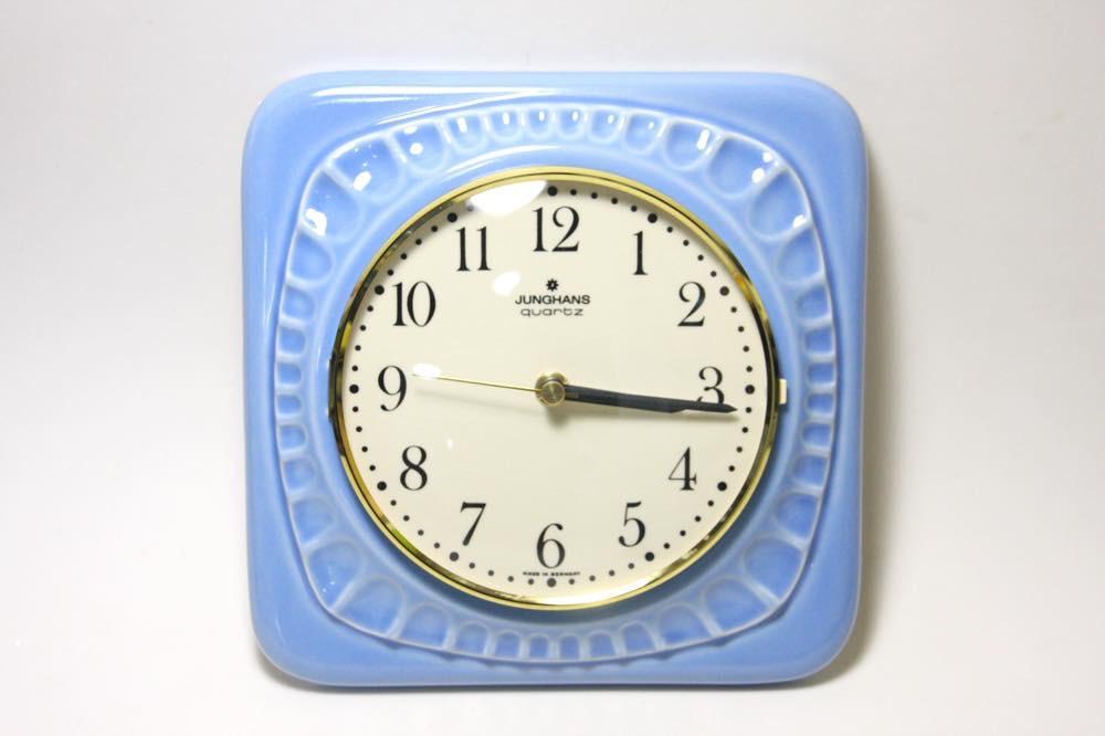 画像1: ビンテージ陶製壁掛け時計/Junghans製/ユンハンス/ドイツ/ライトブルー (1)