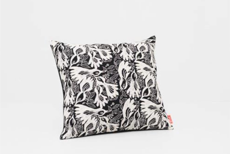 画像1: Akira Minagawa ✕ Kvadrat 2018限定クッション/Carnival cushion, 43×48cm (1)