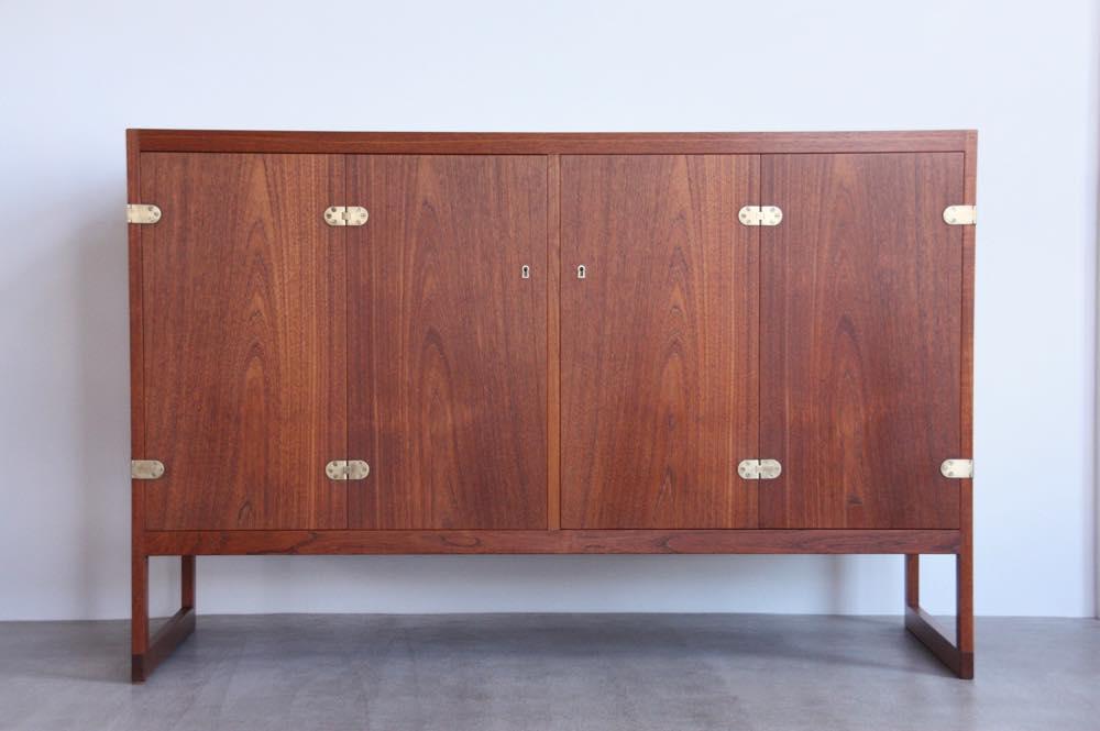 画像1: 北欧ビンテージ家具/ボーエ・モーエンセン/BM57 Cabinet/チークキャビネット/P. Lauritsen & Søn/1957年 (1)