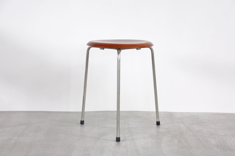 画像1: 北欧ビンテージ家具/デンマーク/Arne Jacobsen/アルネ・ヤコブセン/Fritz Hansen//ドットスツール3107 (1)