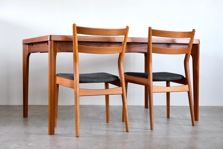 画像1: 北欧ビンテージ家具/デンマーク製 /Henning Kjærnulf/ダイニングテーブル/チーク/W140cm (1)