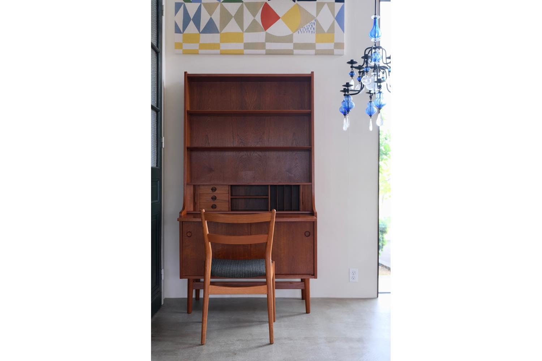 画像1: 北欧ビンテージ家具/デンマーク/ブックシェルフ+ライティングディスク/チーク (1)