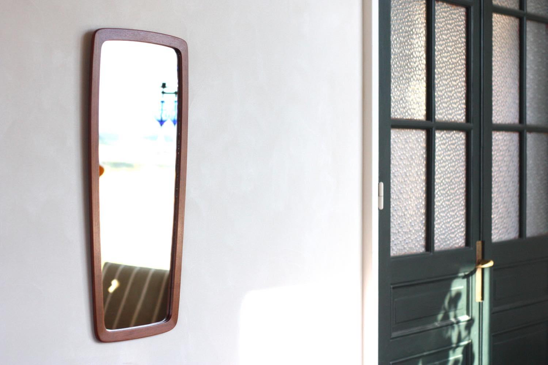画像1: デンマーク製/ビンテージミラー/チークフレーム/鏡は新品交換/No.2 (1)