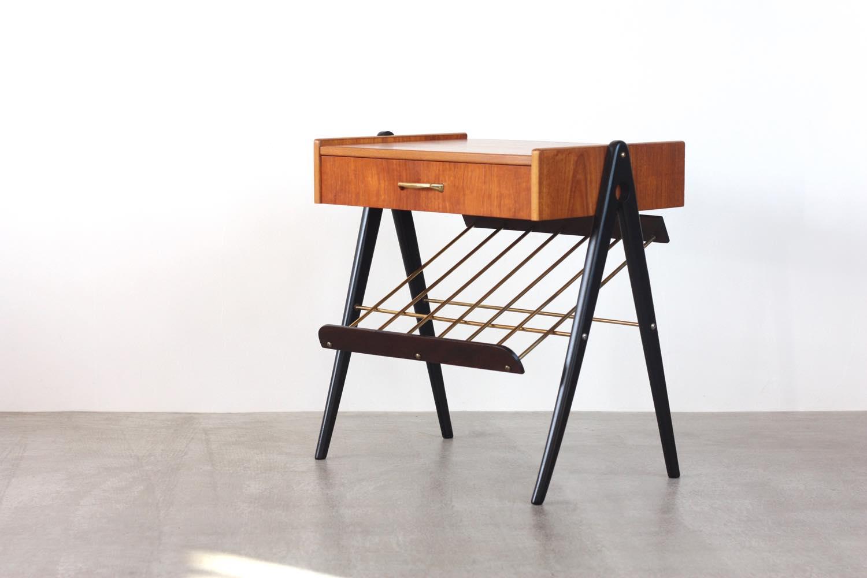 画像1: 北欧ビンテージ家具/スウェーデン/チーク×ビーチ/ベッドサイドテーブル+マガジンラック (1)