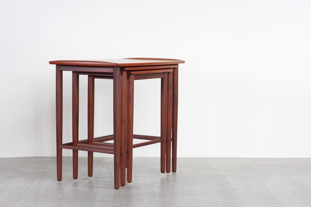 画像1: ビンテージ北欧家具/デンマーク/チーク/ネストテーブル  (1)