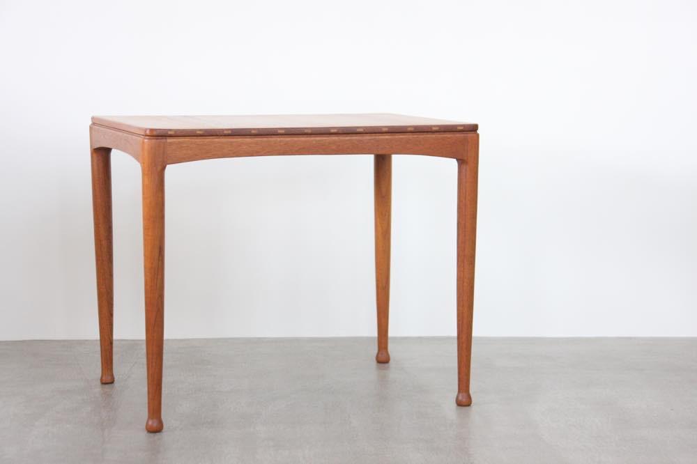 画像1: 北欧家具/ヴィンテージ/スウェーデン製/Tingstoms/チーク無垢/サイドテーブル  (1)