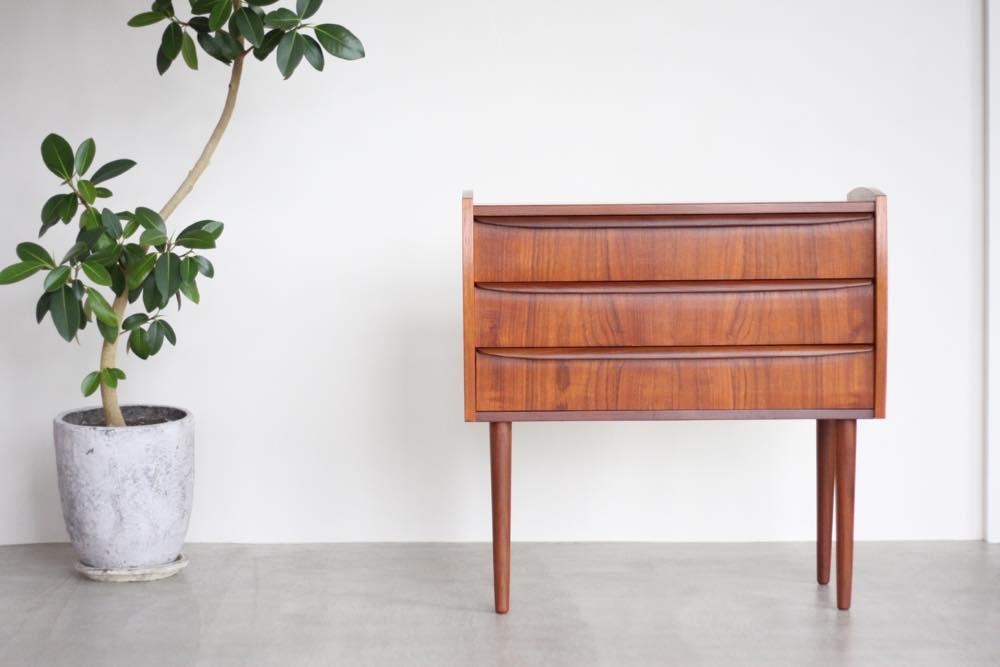 画像1: 北欧ビンテージ家具/デンマーク製/チェスト/チーク3段  (1)