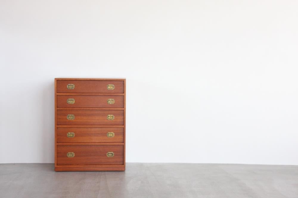 画像1: 北欧家具|ヴィンテージ|デンマーク Silkeborg 社製 Henning Korch ミニチェスト (1)