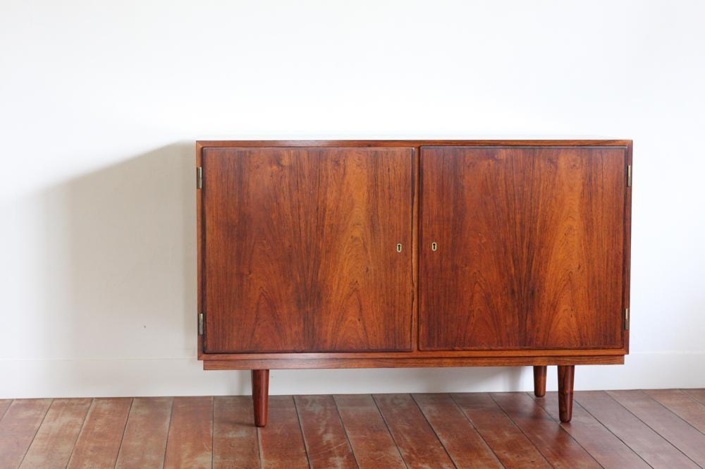 画像1: 北欧ビンテージ家具/デンマーク/ロースウッド/キャビネット/Hundevad & Co.社製 (1)