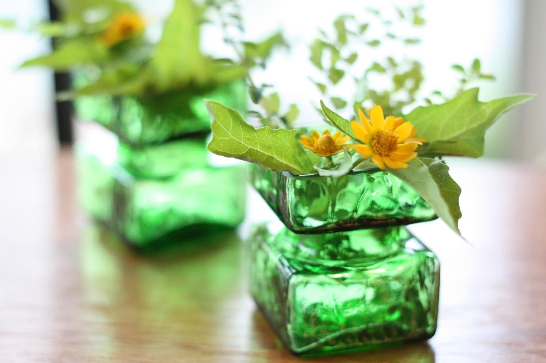 画像1: ビンテージ北欧雑貨/Riihimaen/ Lasi Pala/花瓶/グリーン/XSサイズ  (1)